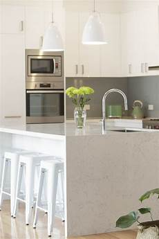 williamstown kitchen all cabinetry made in white gloss