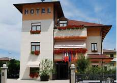 book small hotel royal padova italy hotels com