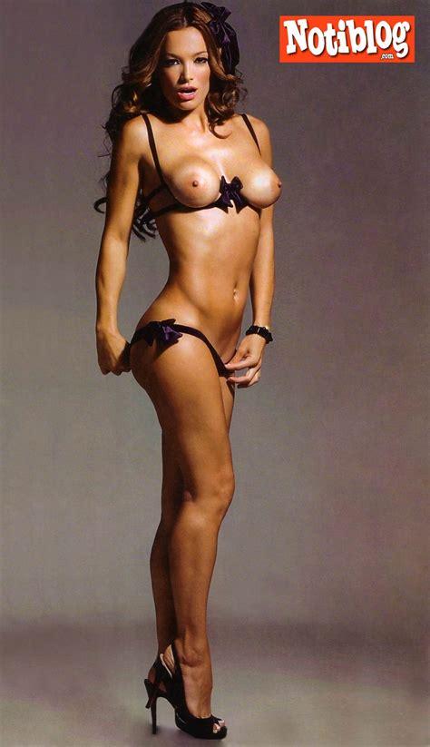 Sexy Naked Cartoon Girl