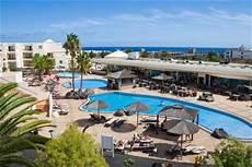 Wohnung Lanzarote Kaufen by Apartamentos Las Coronas De Teguise Costa Teguise The