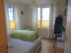 Schlafen Im Wohnzimmer - hat kein eigenes zimmer mehr wohnraummangel