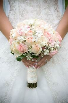 Picture Of Wedding Flowers light pink bridal bouquets svatebn 237 kytice