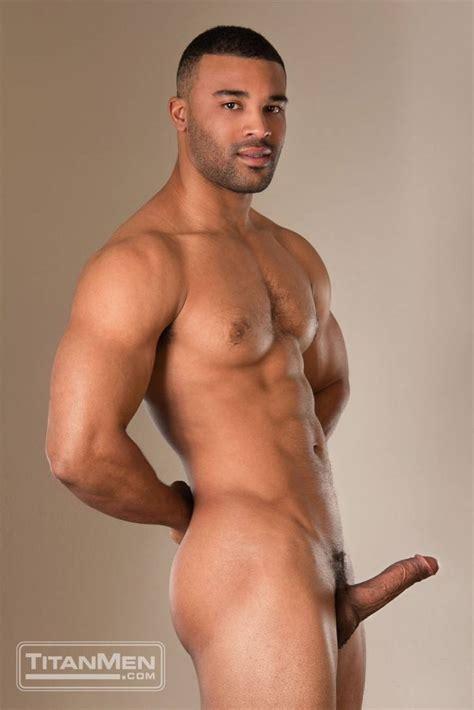 Nude Photo Shota