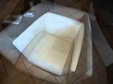 nettoyer canapé cuir produit pour nettoyer canape cuir blanc detailing concept