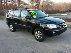 blue book used cars values 2005 toyota highlander seat position control sell used 2005 toyota highlander n a d a value 12 400 kbb value 12 386 in east bridgewater