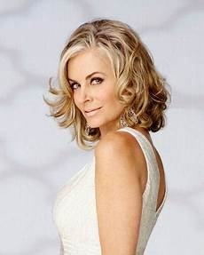 tonight eileen davidson officially joins the real