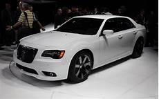 2012 Chrysler 300 Srt8 Look Motor Trend