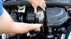 start stop batterie wechseln changement de batterie peugeot 308