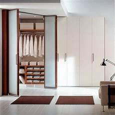 armadio a cabina angolare come costruirsi una cabina armadio la cabina armadio fai