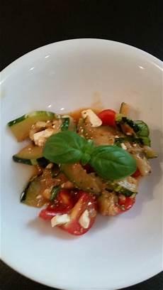 zucchini tomaten salat zucchini tomaten salat rezept mit bild