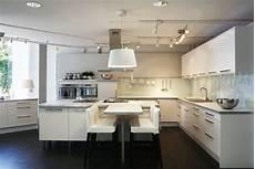 cuisine blanc laqué ikea meubles cuisine abstrakt ikea blanc laque