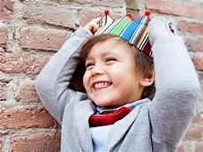 Kindernamen 50 Au 223 Ergew 246 Hnliche Ideen F 252 R Jungen Und