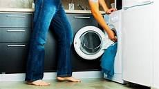 geruch in der waschmaschine tipps zur reinigung der waschmaschine paradisi de