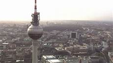 berlin centre ville berlin centre ville vue a 233 rienne hd stock 140 626 007 framepool rightsmith stock
