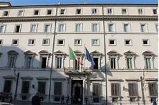 presidenza consiglio dei ministri concorsi 29 posti alla presidenza consiglio dei ministri