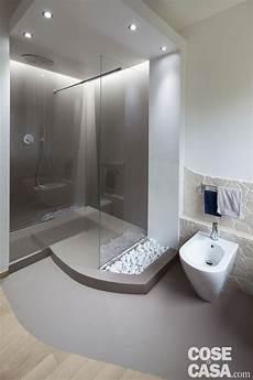 nel bagno 80 mq con controsoffitti funzionali e d effetto bagni