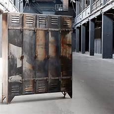 alte fensterläden kaufen vintage spind industrieller spind worksberlin