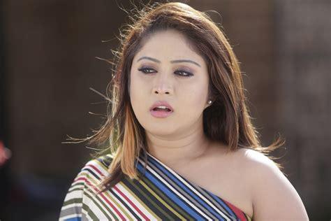 Thiraikku Varatha Kathai