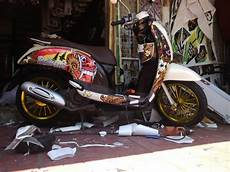 Variasi Motor Scoopy by Jual Setriping Motor Variasi Scoopy Barong Di Lapak Dyah