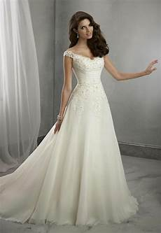 Wedding Dress White Pattern