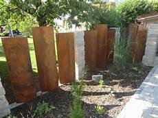 Gartengestaltung Mit Cortenstahl Hochterrasse Laubengang