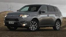 2014 mitsubishi outlander in hybrid review carsguide