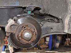 plaquette de frein megane 2 comment changer les disque de freins sur renault m 233 gane 2 cc
