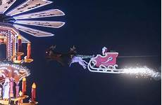 karlsruhe weihnachtsmann saust im schlitten 252 ber