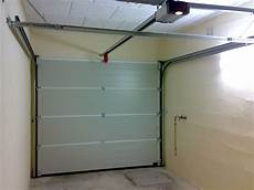Montage Porte De Garage Sectionnelle Motoris 233 E Brico Depot