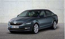 2017 Skoda Octavia Facelift Revealed New Headlight Design