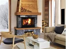 habillage cheminée bois le bois comme mat 233 riau de d 233 coration chemin 233 e relooker