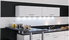 eclairage plan de travail cuisine ikea eclairage led plan de travail cuisine ziloo fr