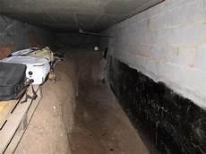 Construire Sa Cave Retirer La Terre Dans La Cave Risque Pour La Maison