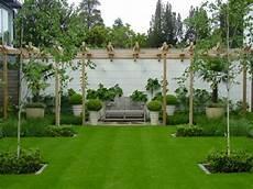 Garten Gestaltung Rasen M 228 Hen Ab Wann Vertikutieren