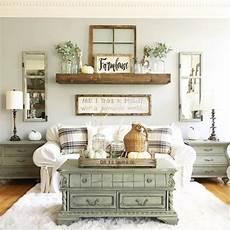 Simple Small Home Decor Ideas by 43 Simply And Cozy Farmhouse Wall Decor Ideas Roundecor