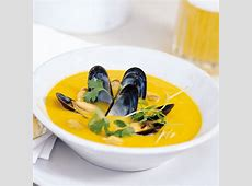 curried mussel and butternut squash soup image