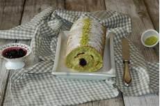 rotolo con crema pasticcera rotolo al pistacchio con crema pasticcera fidelity cucina