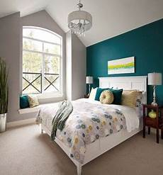 Teal Master Bedroom Decor Ideas by Teal Accent Wall Design Ideas With Grey To Anchor And