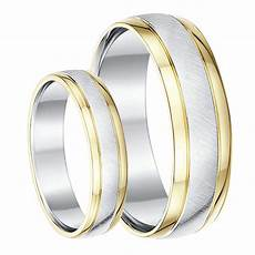 his hers 9ct yellow gold silver wedding rings 5 6mm