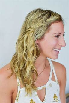 Easy Hairstyles For Humid Weather