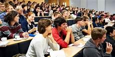 studenti bologna bologna guarda al futuro bando dedicato a studenti