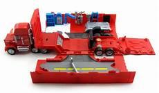 Malvorlagen Cars Mack Dan The Pixar Fan Cars Mack Truck Playset