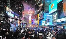 nouvel an 2016 f 234 ter le nouvel an 2016 sur times square pour une st