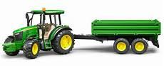 bruder 174 tractor met aanhanger 187 deere 5115m met