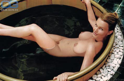 Nicole Aniston Sister