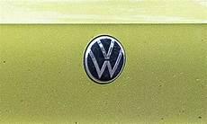 vw logo neu another wallpaper stories vw logo neu