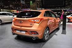 hyundai i30 turbo tuning hyundai debuts the i30 turbo in geneva automotorblog