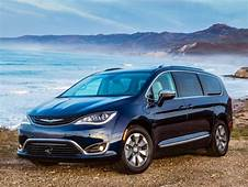 2018 Chrysler Pacifica Hybrid Minivan Is The Perfect