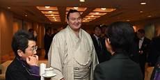 poids moyen d un sumo hakuho fan du bar 231 a dosukoi le site du sumo