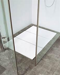 duschwanne oder fliesen duschablauf bei ebenerdigen duschen duschablauf b 228 der